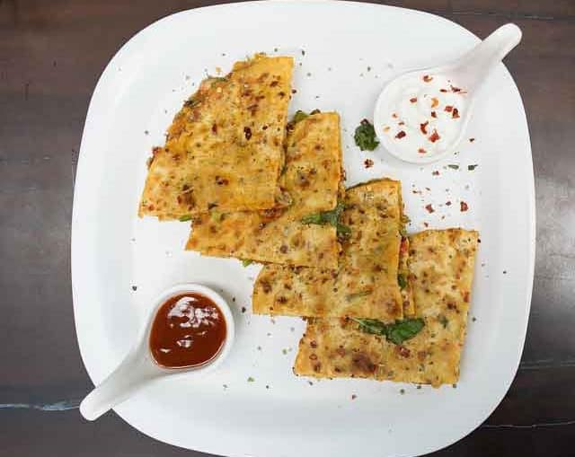 Homemade Indian Spicy Amritsari Kulcha Recipe