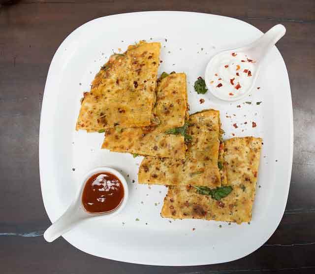 Homemade Indian Spicy Amritsari Kulcha Recipe