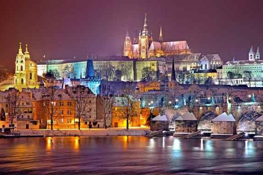 Golden Prague City Tour and Family Vacation