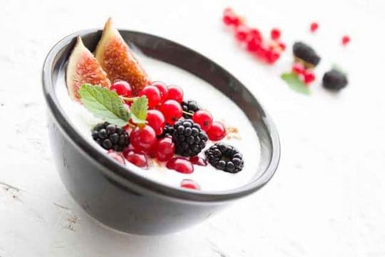 Homemade Healthy Creamy Yogurt Recipe