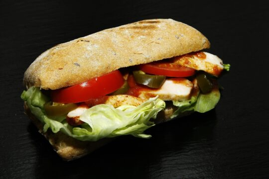 2 recipes for making chicken sandwich