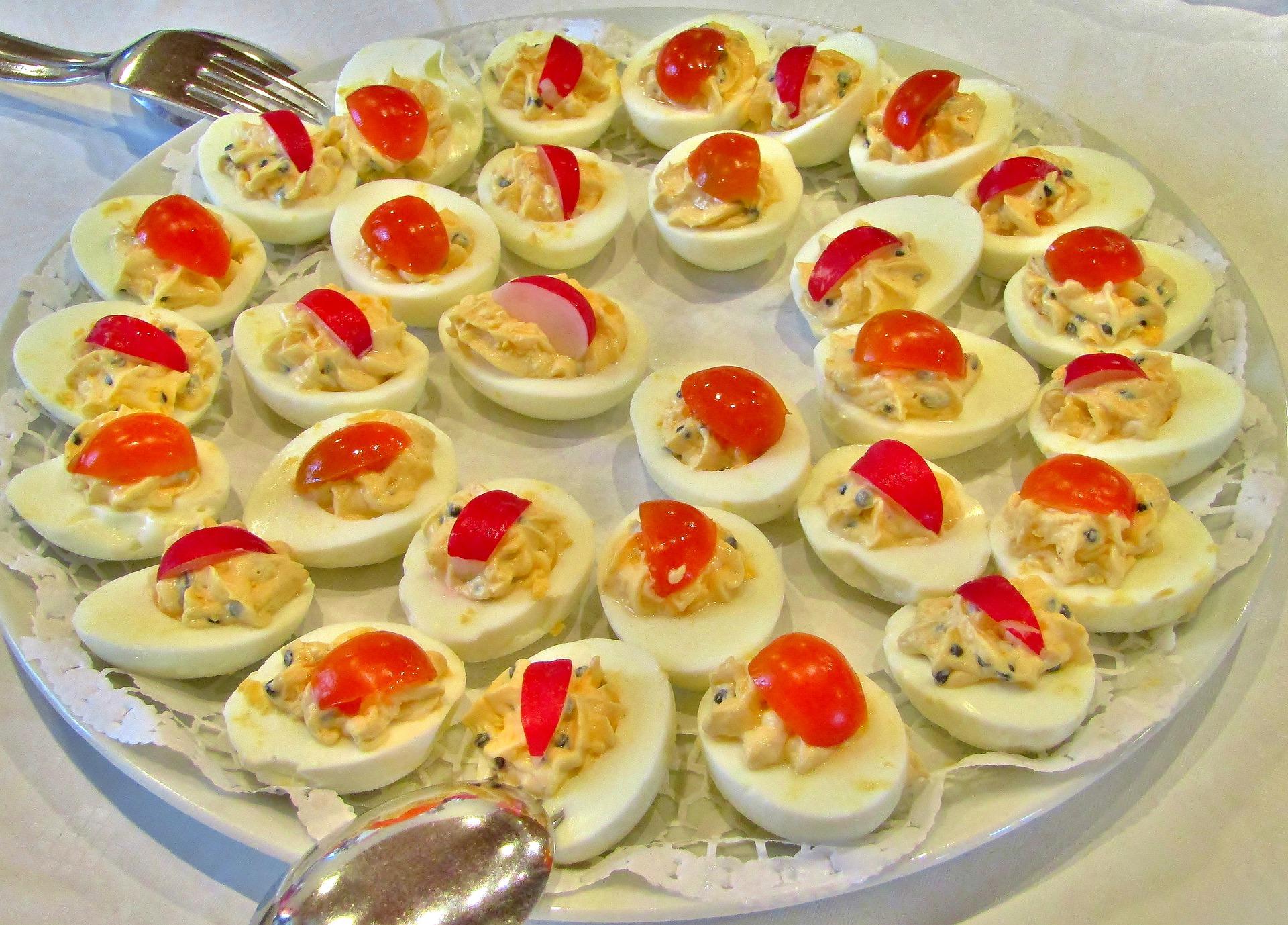 Russian Deviled Eggs Recipe (Stuffed Hard-boiled Eggs Recipe)