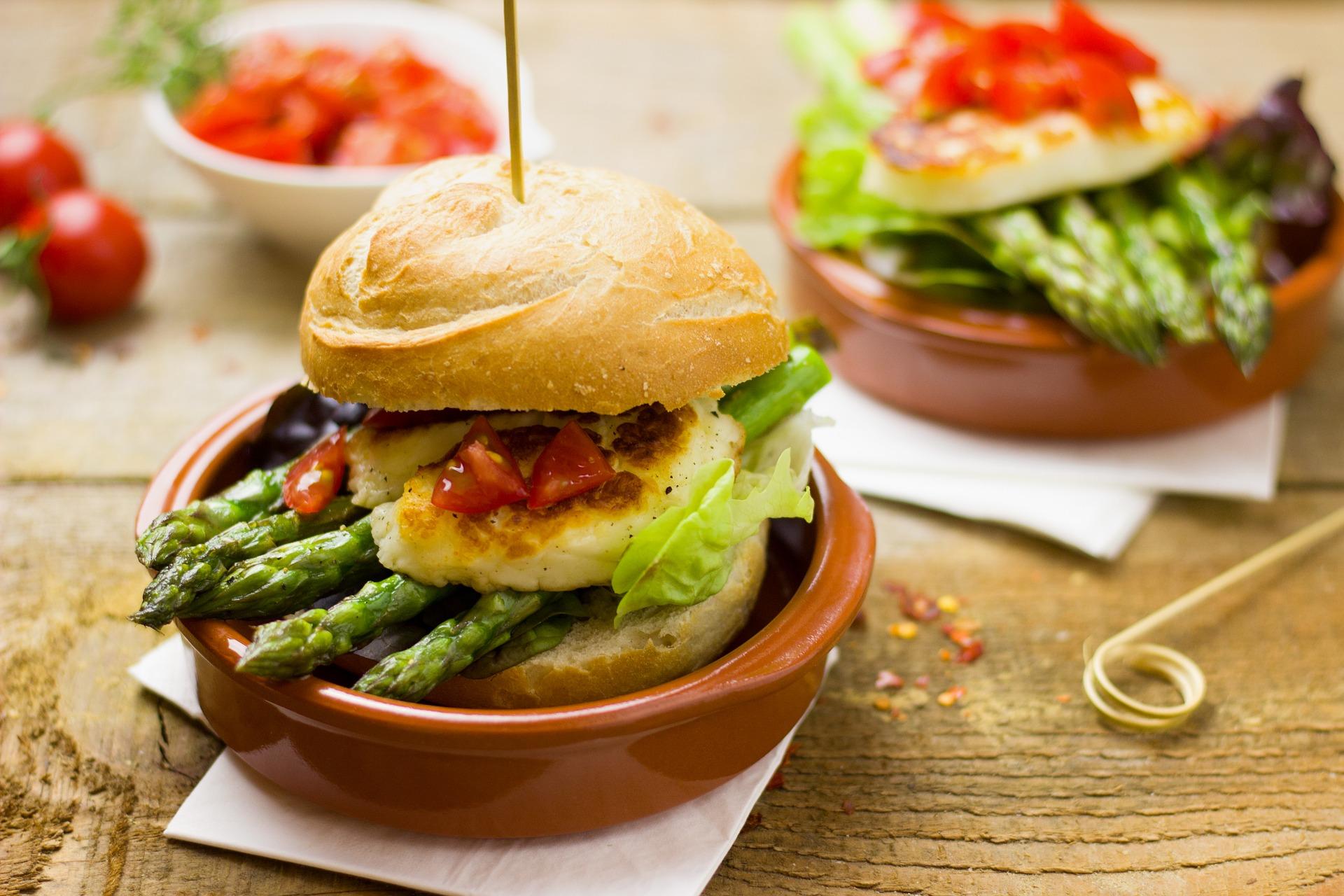 Crispy Fish Burger Recipe - Hello World Magazine